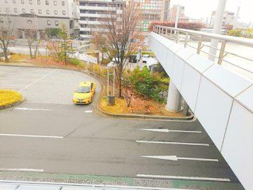 長野駅地下駐車場入り口