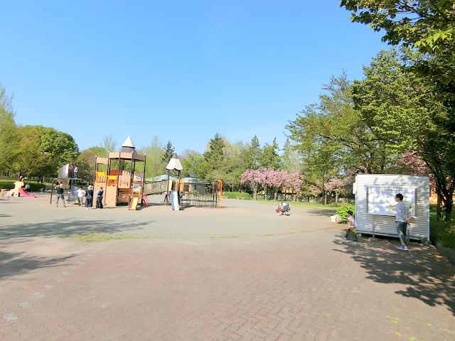 若里公園の遊具