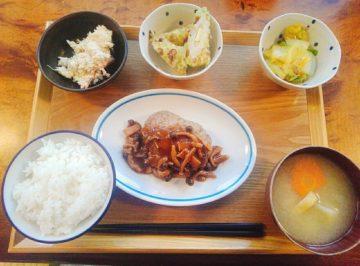 【ゆめママキッチン】500円で食べられる「食べる味噌汁定食」が野菜ごろごろで凄い!