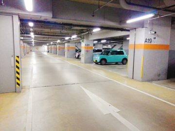 長野駅地下駐車場