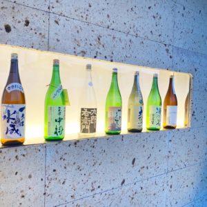 【地酒・本格焼酎専門店ハトヤ酒店】SAKEandPEACEという、美味しいお酒飲み比べイベントもやっている酒屋さん。