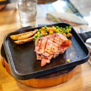 【ステーキハウス カナデアンロッキー】松本市にある、老舗のステーキ屋さん。肉も柔らかくてめちゃくちゃ美味い!