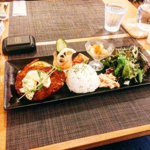 【KENzo Cafe&Bar(ケンゾカフェアンドバール)】2019年4月リニューアルオープン♪お洒落ワンプレートランチ。