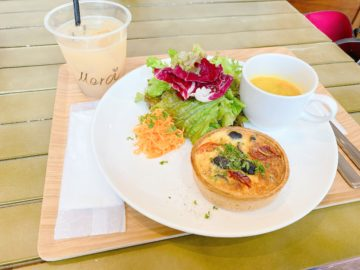 【Cafe Poussette カフェプセット】2020年10月9日リニューアルオープン!キッシュメインランチ!