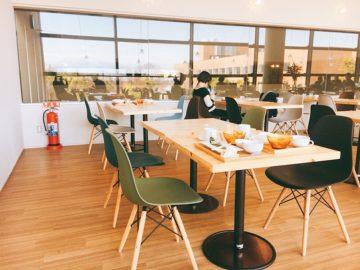 ホクト文化ホール近くのカフェのロジェカフェ