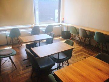 パティスリーヴァンセット27が2階にカフェオープン